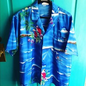 Vintage Hawaiian shirt xl tropical parrots hula